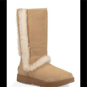 🎉‼️HOST PIC🎉‼️UGG Sundance Boot